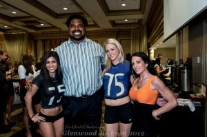 Jonathan Ogden body paint with Jen Seidel